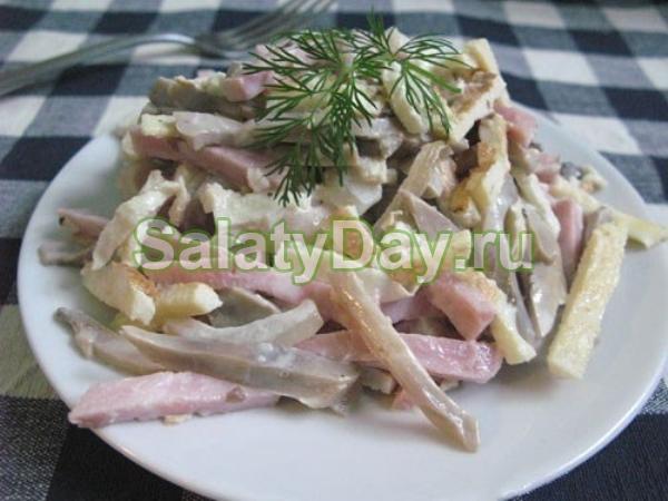 салат нежность рецепт с ветчиной и огурцами и шампиньонами