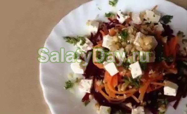 Салат из свеклы с брынзой и чесноком