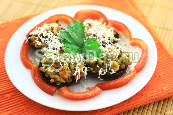 салат русская красавица рецепт с грибами