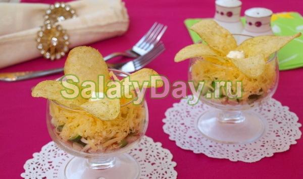 Салат «Орхидея» с картофелем