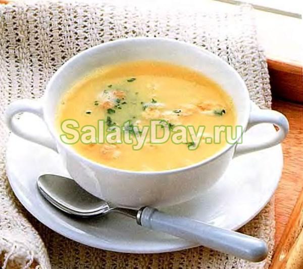 Слоеный салат с крабовыми палочками / Вкусно и просто
