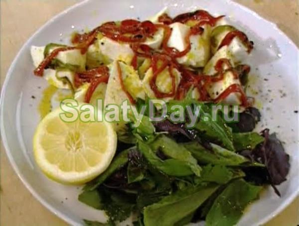 Салат с чили и моцареллой от Джейми Оливера