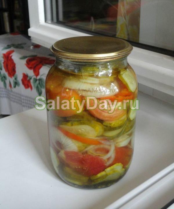 салат из огурцов и помидоров на зиму фото
