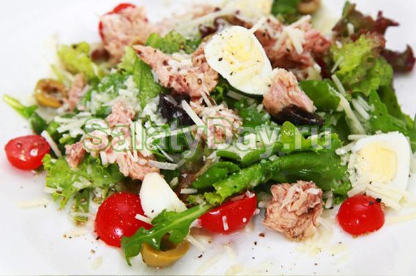 4-Салат из перепелиных яиц с тунцом и рукколой