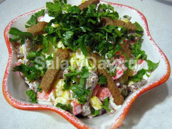 Простые салаты с кириешками рецепты с фото