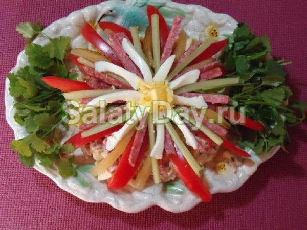 рецепт салата семицветик с чипсами