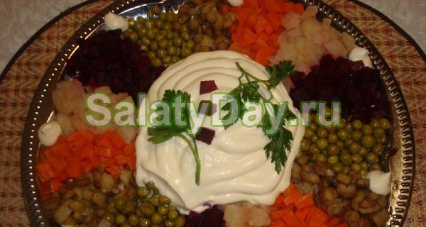Салат «Цветик семицветик» с селедкой