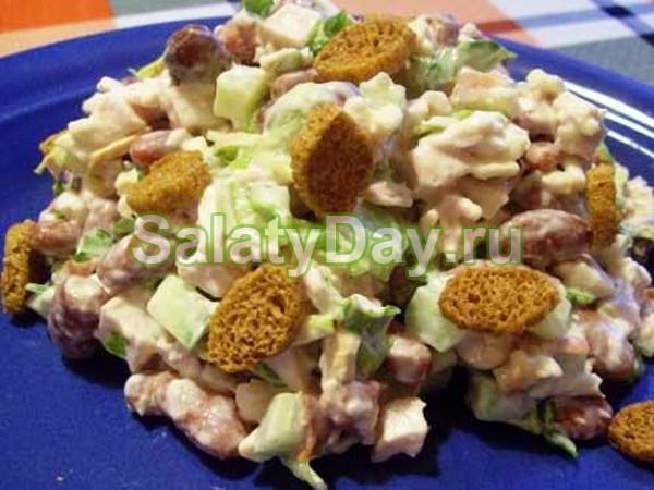 Рецепт салата из копченого окорочка с кукурузой