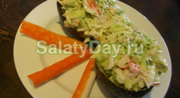 Салат с крабовым мясом и сельдереем