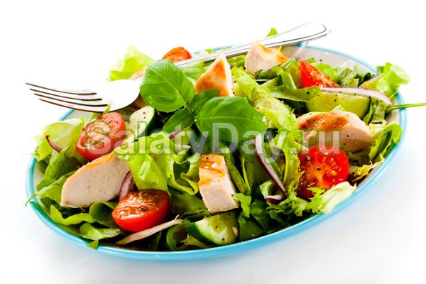 салат цезарь с курицей и ветчиной рецепт с фото