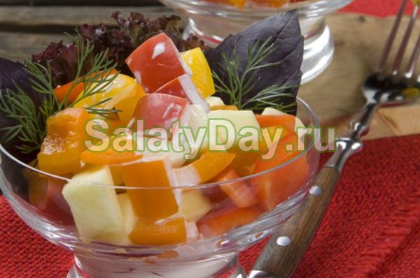 Салат с болгарским перцем и яблоками