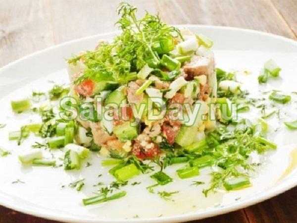 Салат из печени трески с соевым соусом