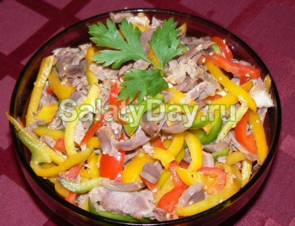 Салат «Родом из Чили» из куриных желудков