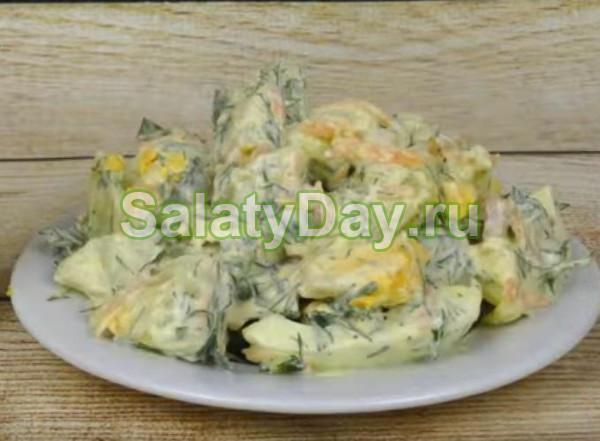 Салат из яиц с картофелем и зеленью