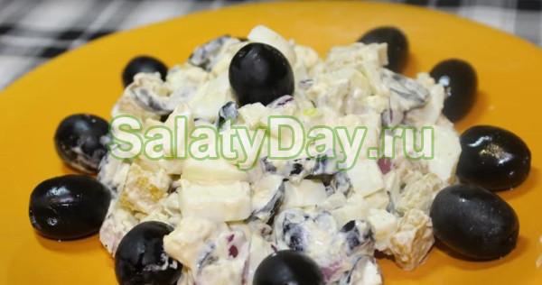 Яичный салат с сухариками