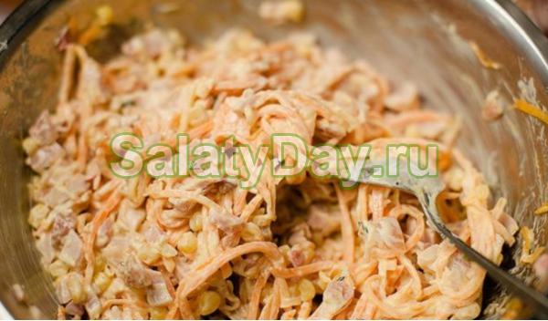 Салат с ананасами и куриным филе - нежная и такая разнообразная закуска: рецепт с фото и видео