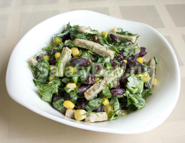 Салат с сухариками и фасолью и сыром рецепт
