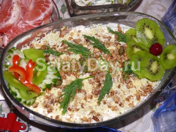 салаты с грецкими орехами с фото