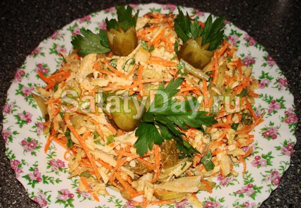 салат рецепт с сухариками и ананасом рецепт