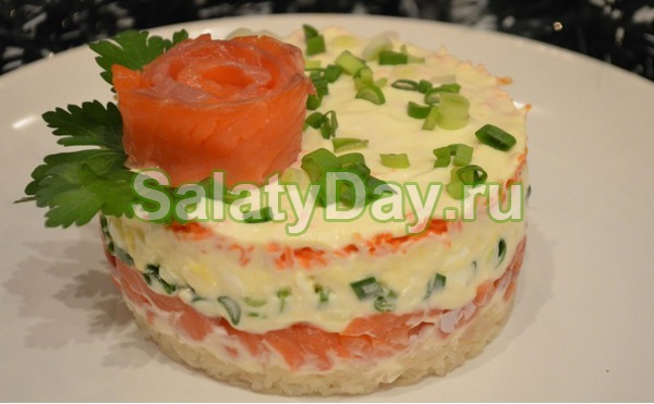 Праздничный салат из семги