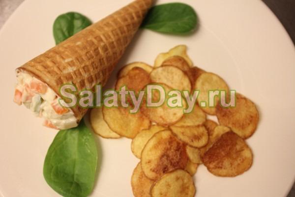 Оригинальный авторский рецепт очень вкусного Оливье с колбасой (без огурцов и лука)