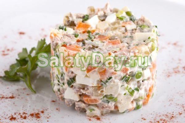 Салат из рыбных консервов «Проще простого»