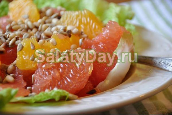 Салат из грибов и ананаса