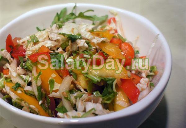 Салат с сердечками и пекинской капустой