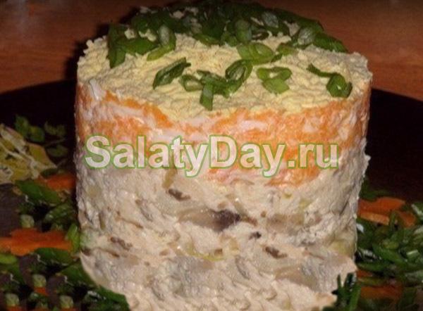 Салат «Лисья шуба» с курицей, вариант 2