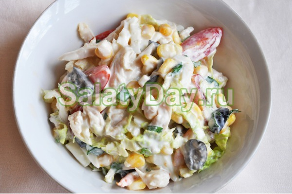 Салат из креветок с кальмарами с