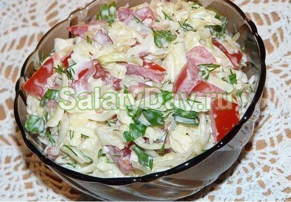 продукты входящие в состав салата из белокочанной капусты