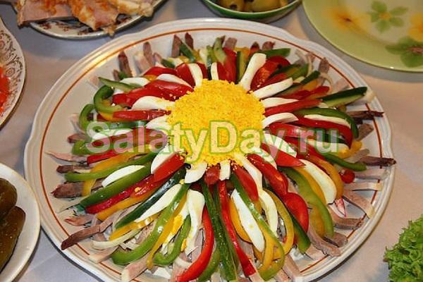 Салат «Цветик семицветик» с аджикой