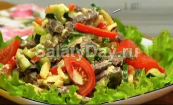 Рецепт салата из сладкого перца и говядины