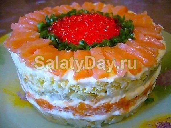 Слоеный салат из красной икры