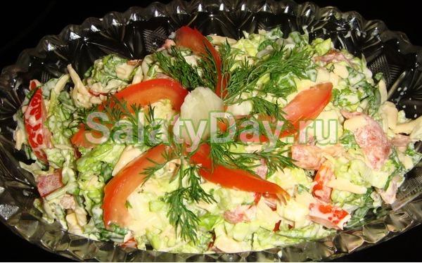 рецепт салата с копченой курицей и перцем