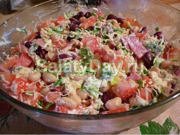 """Салат """" Мужская мечта"""" с красной фасолью и копченой колбасой"""