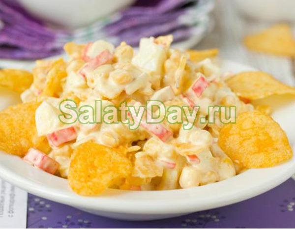 Быстрый и вкусный салат с крабовыми палочками
