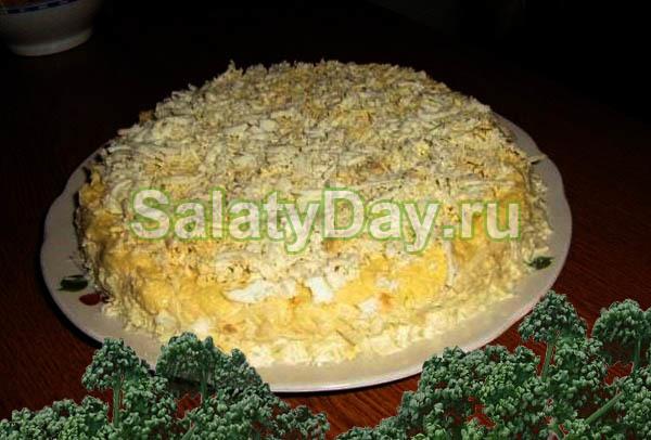 Салат «Мужской каприз» с говядиной и яблоками