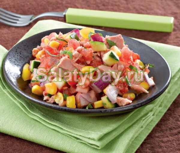 Салат с кириешками и фасолью для любителей вкусно покушать