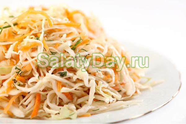 Салат из свежей белокочанной капусты и моркови
