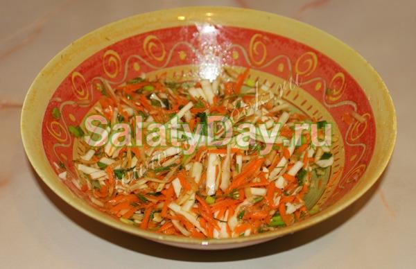 Салат из свежей капусты и моркови «Маэстро»