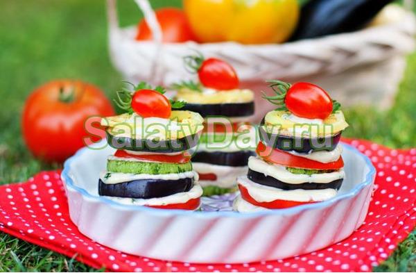Закуска из баклажанов с помидорами и чесноком – «Башенки»