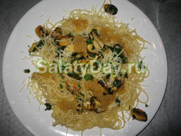 Китайский салат с морепродуктами
