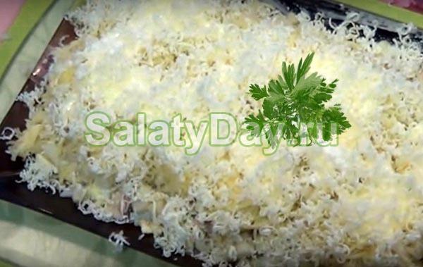 Рецепт салата с соленой горбушей с пошаговым