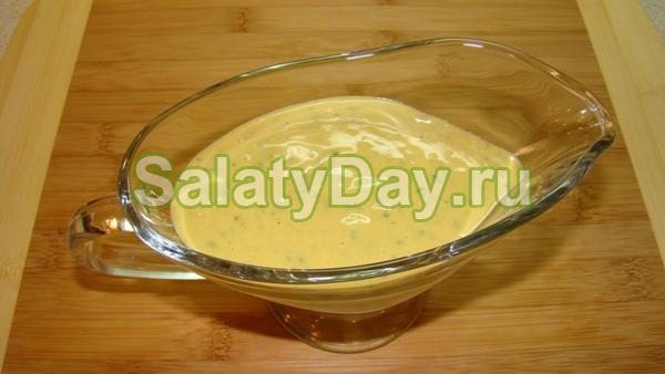 Пикантный соус с горчицей и винным уксусом