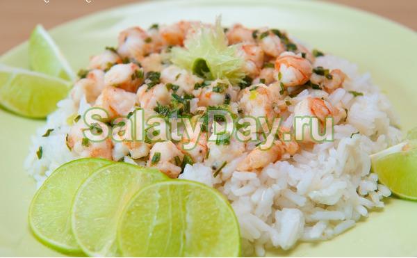 Салат из креветок с рисом и сыром