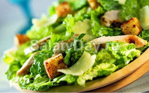 Соус для салата «Цезарь» с йогуртом