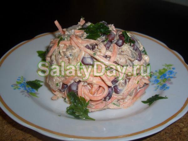 Салат с корейской морковкой и мясом фото