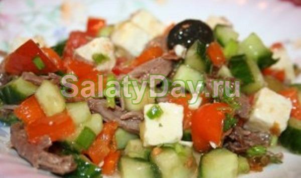 Салат с мясом и сыром фетакса «По-гречески»