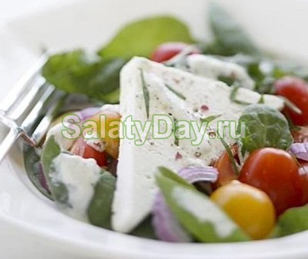 """Салат """"Греческий"""" со шпинатом"""